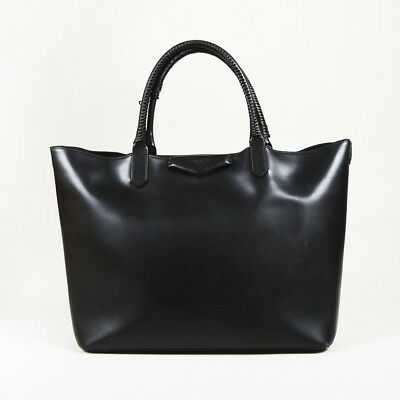 GIVENCHY WHIPSTITCHED LEATHER Medium