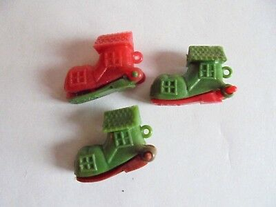 Lot of 3 Vintage Old Woman Who Lived in a Shoe Plastic Vending Machine Charms