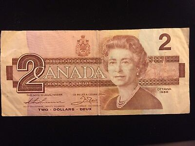Vintage 1986 Bank Of Canada Canadian 2 Two Dollars Queen Elizabeth II Robins