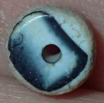 9mm Very Rare Ancient Indo -Tibetan Sulemani Chung Agate bead, #A9869