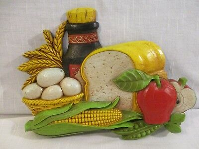 1975 Syroco Decor Fruit & Veggie Basket Wall Hanging Plaque for a Retro Kitchen