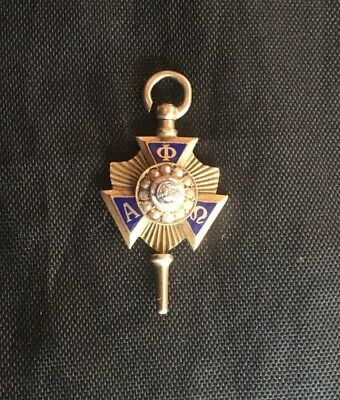 Alpha Phi Omega Sorority/Fraternity Pin. 10K Gold with diamond (11A)