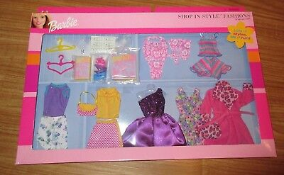 **barbie Shop In Style Fashions Clothes & Accessories In Box** 68601