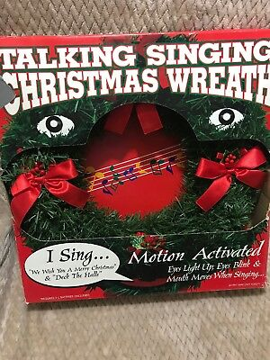 Vintage Animated Talking Singing Christmas Wreath Motion Activated Box