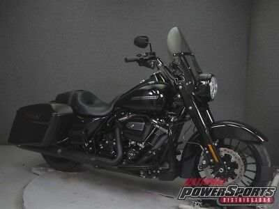 2018 Harley-Davidson FLHRXS ROAD KING SPECIAL W/ABS  2018 Harley-Davidson FLHRXS ROAD KING SPECIAL W/ABS Used