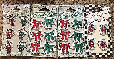 lot of 22 Vintage Christmas glass/ceramic buttons Trena's Alma angels bows