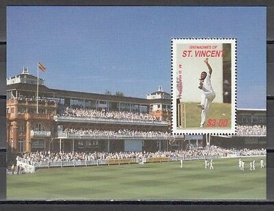 St. Vincent, Grenadines, Scott cat. 612a. Cricket Player s/sheet
