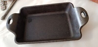 "vintage Lodge USA cast iron mini cobbler pan clean and seasoned 5"" x 4""  baking"