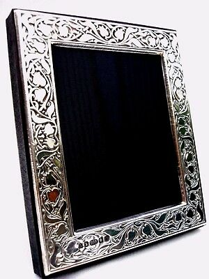 Pretty Finest 999 Quality Silver Hallmarked London & Britannia Marks Photo Frame