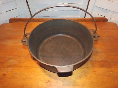 Vintage Cast Iron Martin Stove & Range #8 Dutch Oven Pan Bottom Only Early
