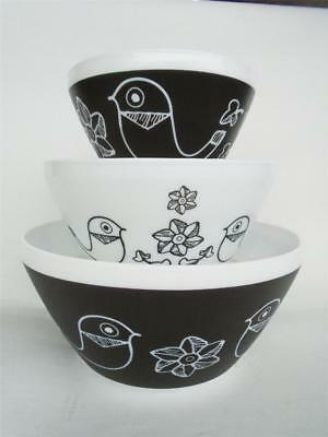 3-pc Pyrex BIRDS of a FEATHER Mixing Bowl Set 10 6 3 Cup *Opal Glass Black White