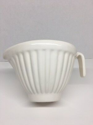Rare! Vintage White Haeger Pottery Ribbed Batter Mixing Bowl With Spout & Handle