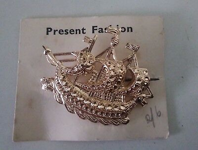 Vintage Art Deco Gold Galleon Ship Brooch  on Original Presentation Card