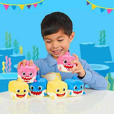 NEW WowWee Pinkfong Baby Shark Official Song Cube Daddy Shark Singing NWT Plush