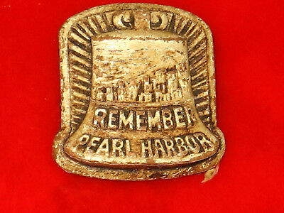 Vintage 1940'S WWII, Remember Pearl Harbor Pinback Button Badge
