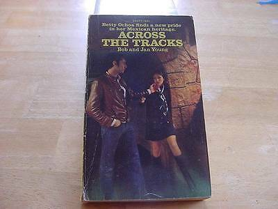 ACROSS THE TRACKS by Bob+Jan Young Vintage Archway Pbk for Teen Girls