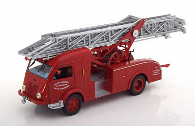 1:43 Atlas Renault Galion 2T5 aerial ladder fire engine Auxerre 1960