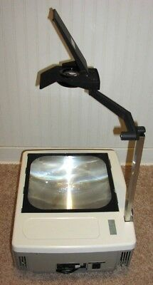 EIKI OHP-4100 Portable Overhead Transparency Projector