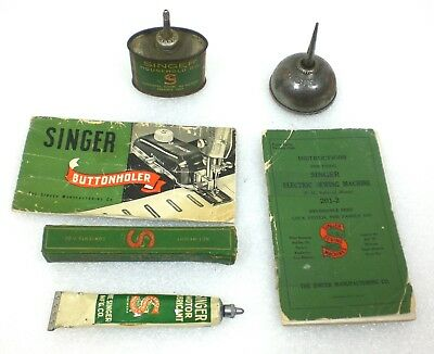 Vintage SINGER Sewing Machine Lot Oil Can, Thumb Oiler, Motor Lube & 2 Manuals