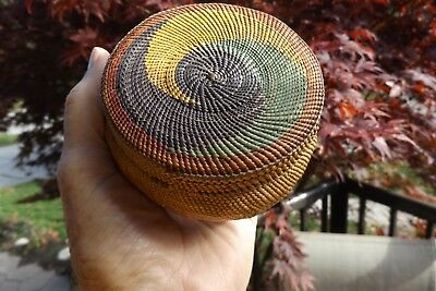 c. 1895 Makah finely woven Woven swirl top basket - Excellent condition