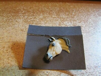 Gorgeous Buckskin Dun Golden Arabian Horse Head Lapel Pin Tie Tac Mint on Card