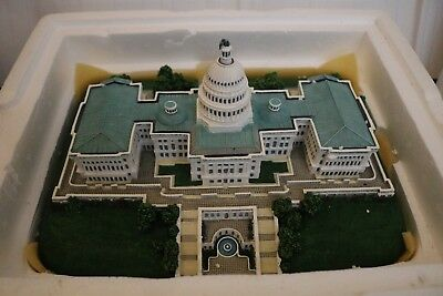 "Danbury Mint "" The United States Capitol"" Brand New"