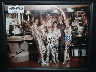 Mark Goddard, Marta Kristen, Angela Cartwright & Billy Mumy Lost In Space Signed