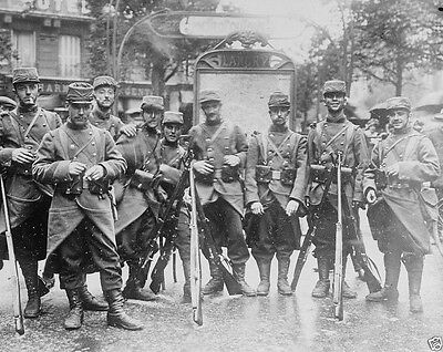 New World War I WWI 8x10 Photo - French soldiers guarding a subway Paris 1914