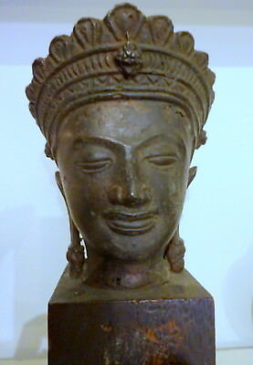 An 18Th Century Lopburi Siam Thai Bronze Buddha Head On Stand