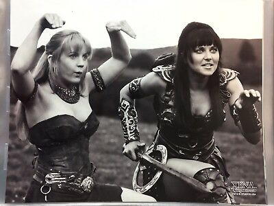 8x10 Photo from Xena the Warrior Princess Lucy Lawless A48