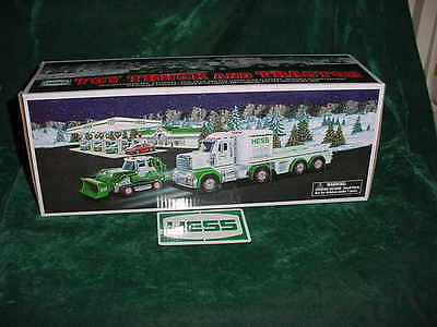 Christmas Xmas  Gift 2013 Hess Collectble Toy Truck And Tractor Toys Trucks  Mib
