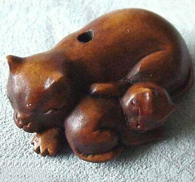 Mommy & Baby! Carved Kitty CATS BOXWOOD Bead 004128M