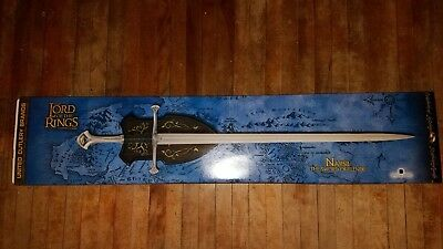 Official LOTR Lord of the Rings United Cutlery NARSIL Sword of Elendil - New