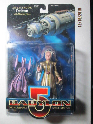 1997 Babylon 5 Collector Series Figures - Delenn W/ Minbari Flyer - Var # 2
