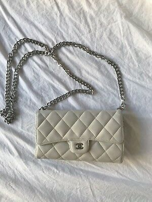 21e2891c8a GIVENCHY BOW-CUT FLAP Wallet On Chain Mint Cross Body Bag -  525.00 ...