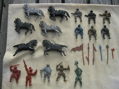 23 Vintage circa 1950s LIDO Medieval KNIGHTS HORSES ACCESSORIES Play Set Figures