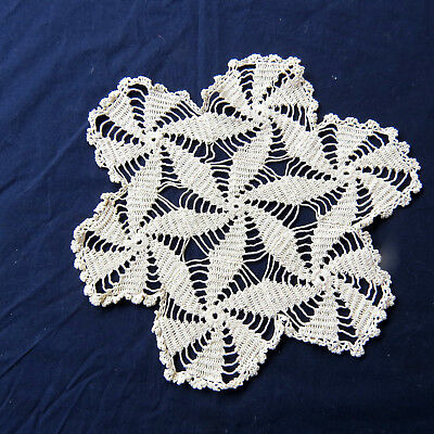 "Hand Made Crochet Lace Doily Swirl 10"" Rd Beige Cotton"