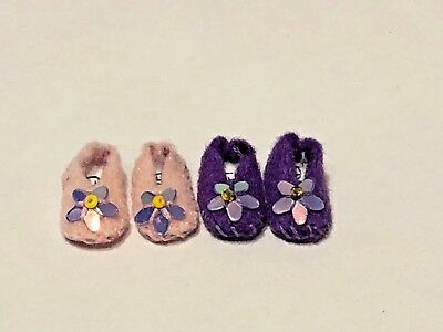 Set Of 2 Ladies Slippers  For A 1/12 Scale Dolls House