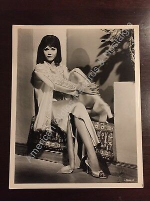 JANE FONDA - circa 1960s Hollywood publicity photo .. leggy pose .. GORGEOUS!