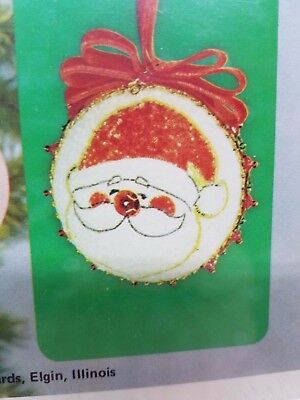 Vintage LeeWards SPARKLING SANTA BALL Boutique Christmas Ornament Craft Kit Bead