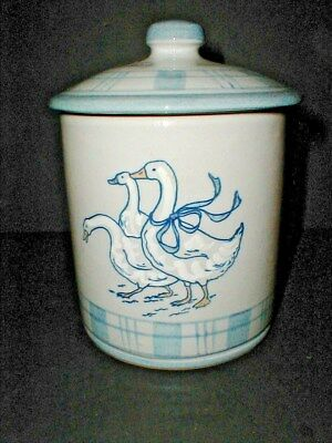 Louisville Stoneware USA Kentucky GAGGLE of GEESE Sugar Canister w Lid