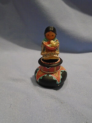 """Enesco Friends Of The Feather 1995 """"compassion"""" Indian Pot #171778"""