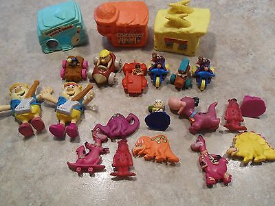 Plastic pvc Flintstone Figures Lot of 21 Pieces Hanna Barbara NICE 90 91