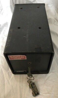 Vintage Heavy Duty (Amsec) American Security Floor Safe With Only 1 Key