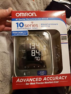Omron 10 Series Upper Arm Blood Pressure Monitor with Bluetooth, Smart BP786