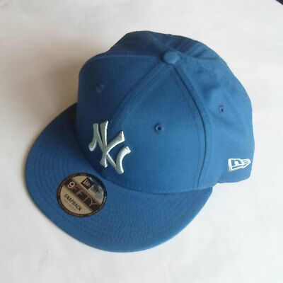 New York Yankees New Era MLB Blue on Blue Snapback Hat - Size Small/Medium