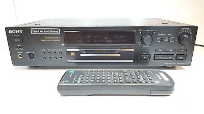SONY MDS-JB920QS Minidisc recorder - QS Range - With Remote Control & Manual