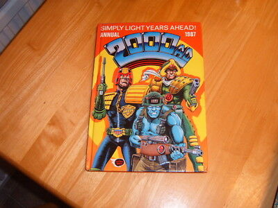 2000AD 1987 hardback annual in very good condition