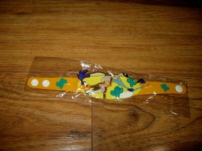 Road Runner and Wile Coyote 1990s New Rubber bracelet