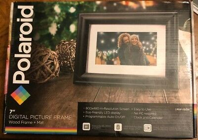 "Polaroid 7"" Digital Picture Frame - Wood Frame with Mat - PDF-750W"